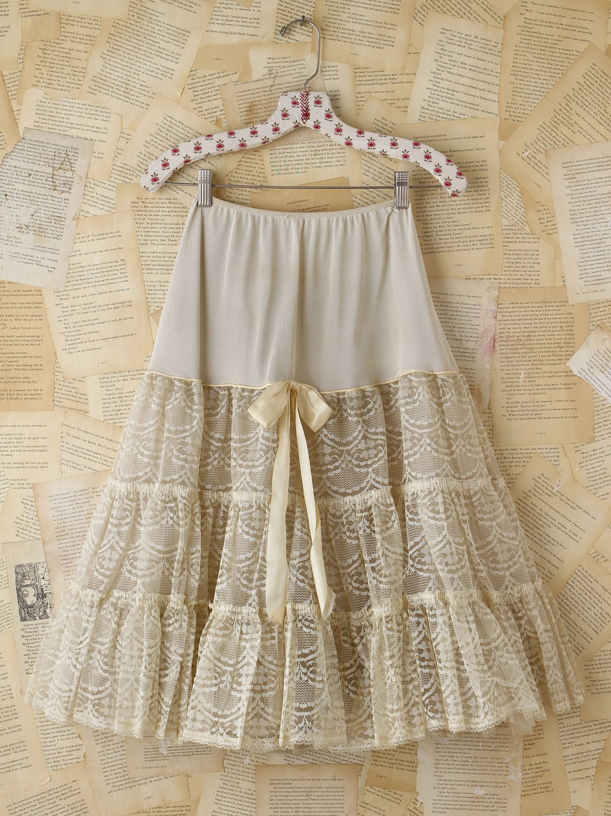 Vintage Creme Tiered Lace and Tulle Skirt
