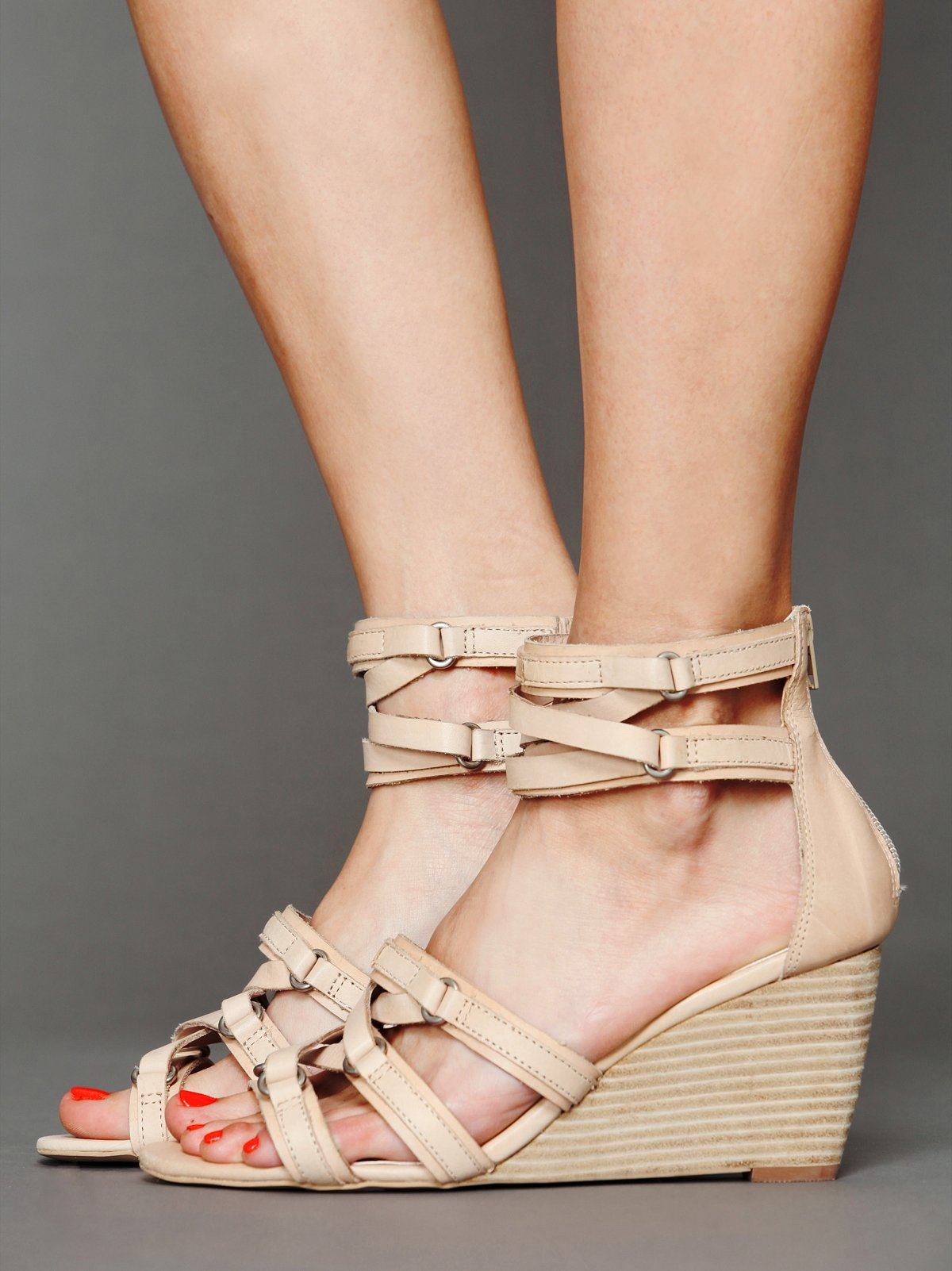 Lola Mini Wedge