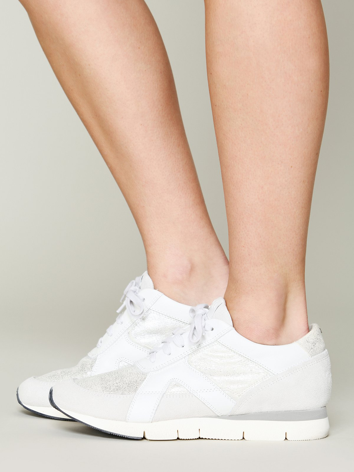 Reade Lace Up Sneaker