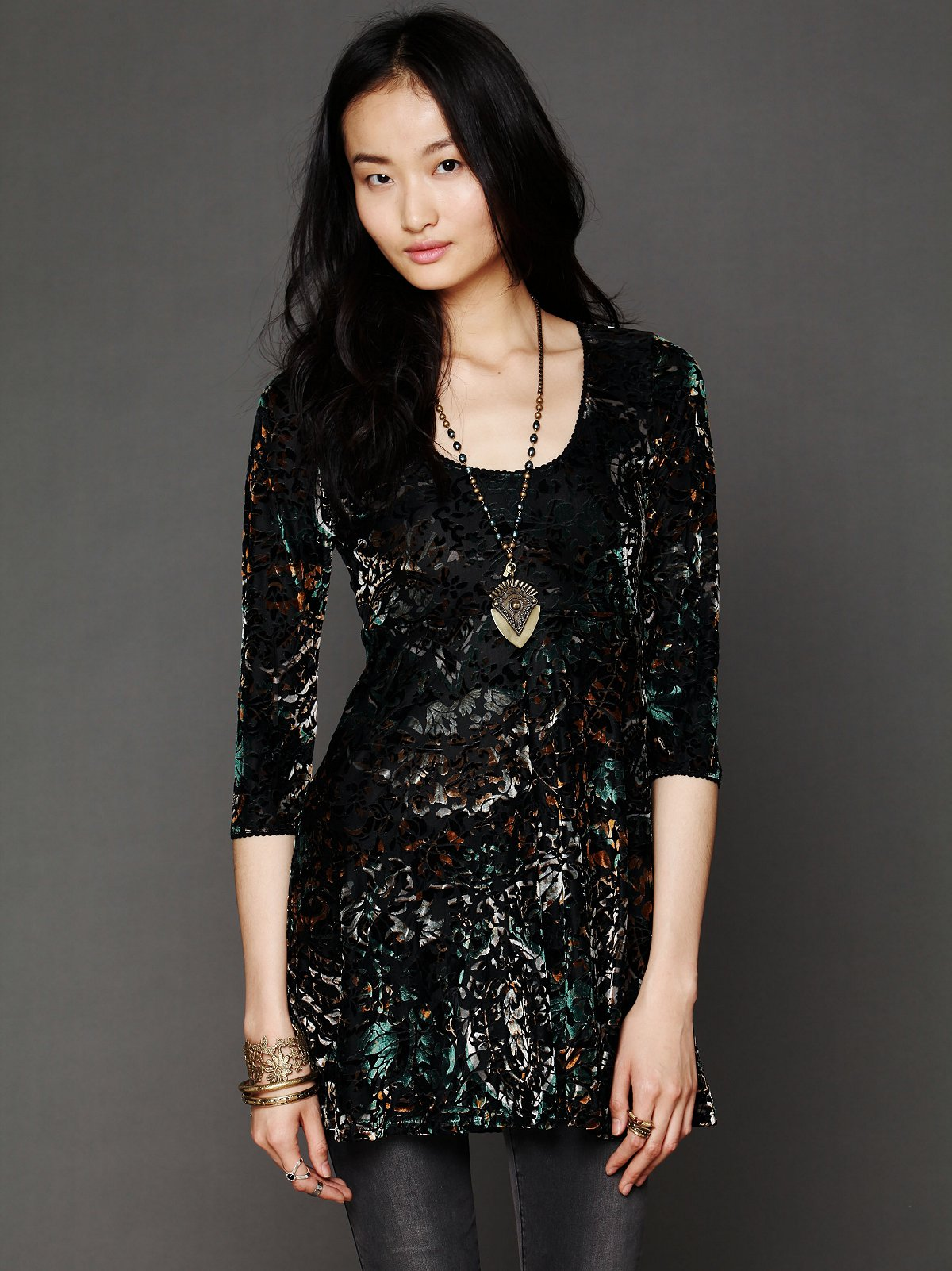 Musa Burnout Velvet Tunic