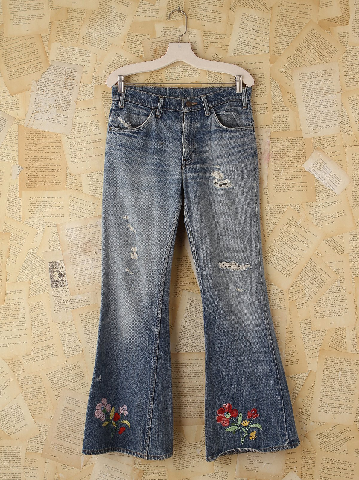 Vintage Embroidered Levi's 517 Jeans