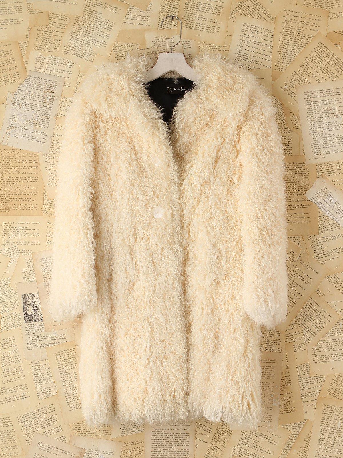 Vintage 1970s Shaggy Cream Coat