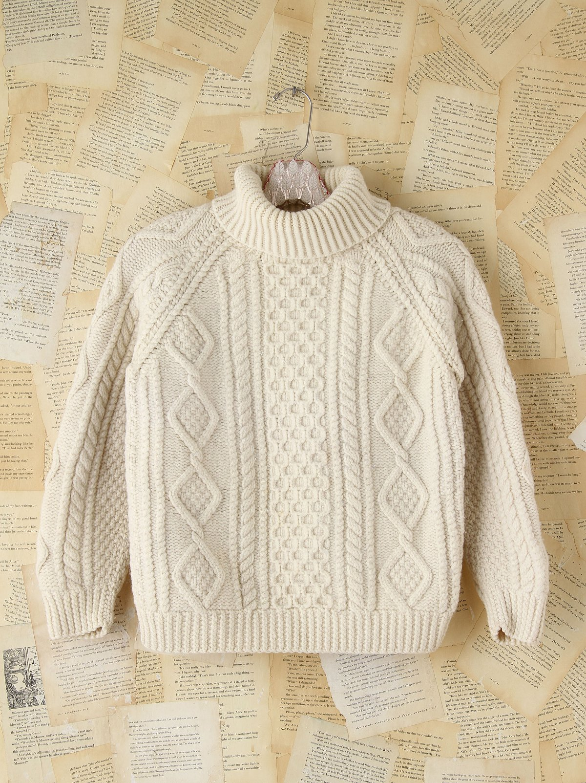 Vintage Wool Cableknit Turtleneck