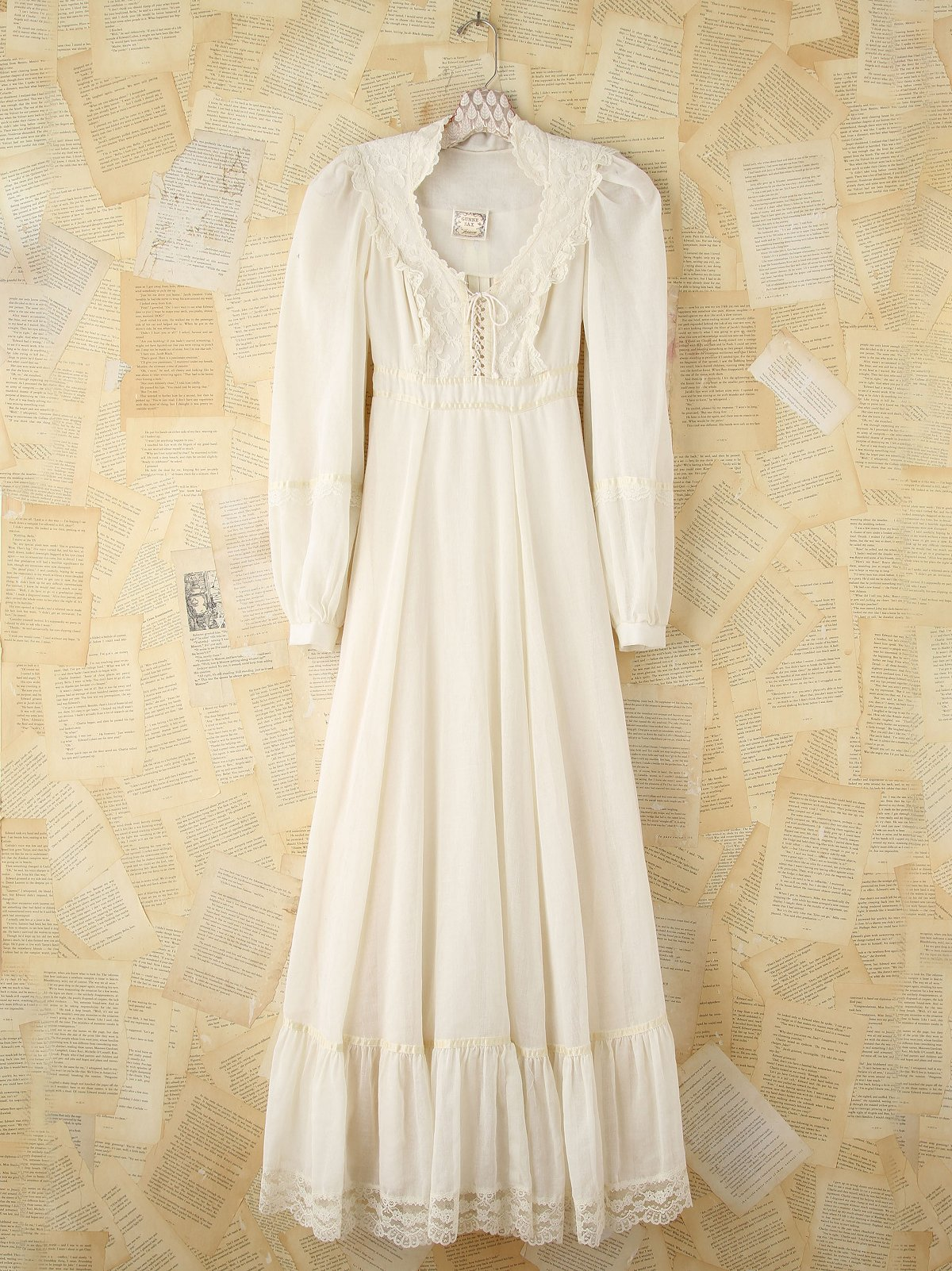 Vintage Creme Gunne Sax Dress