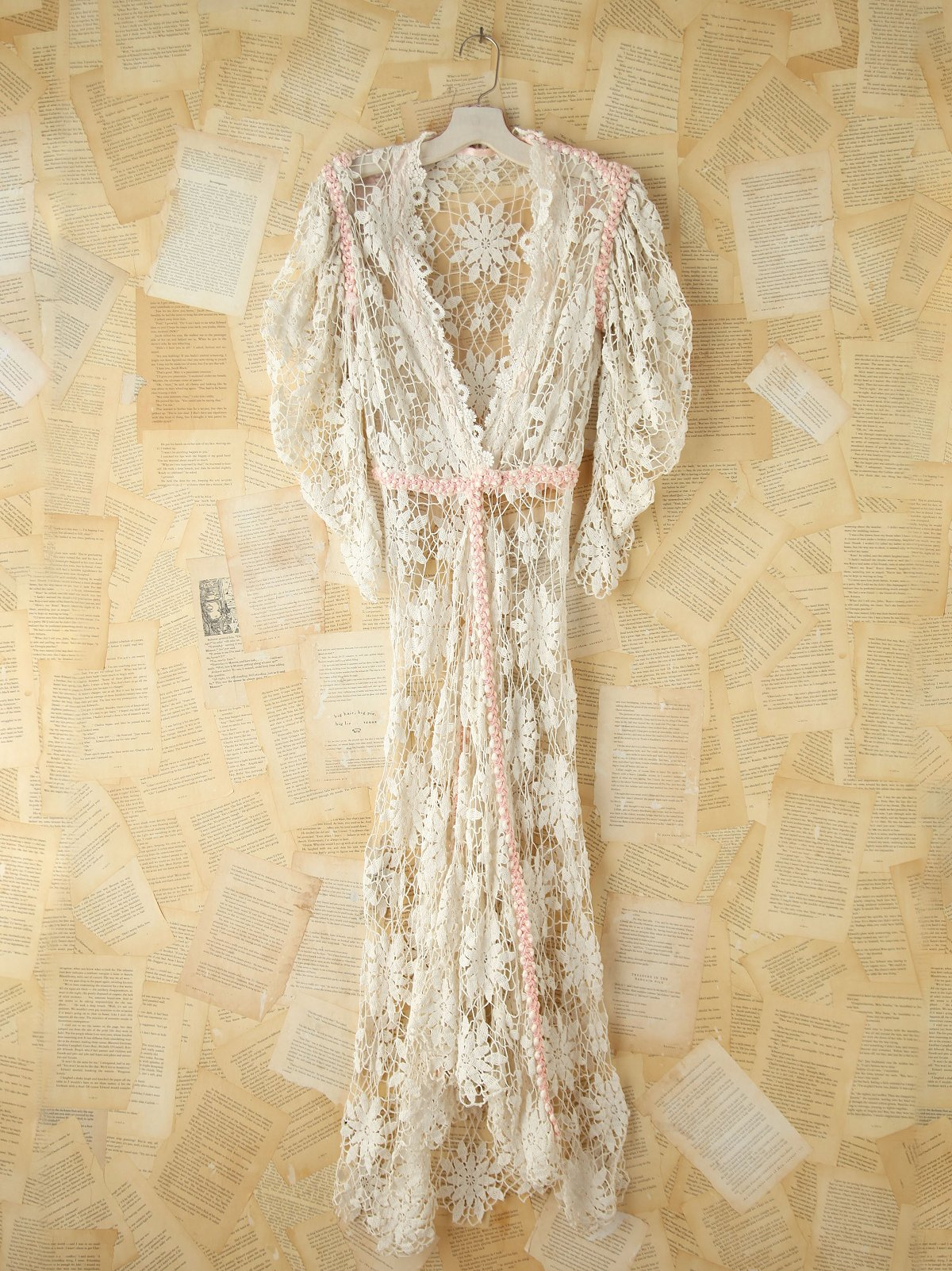 Vintage Lace Maxi Robe