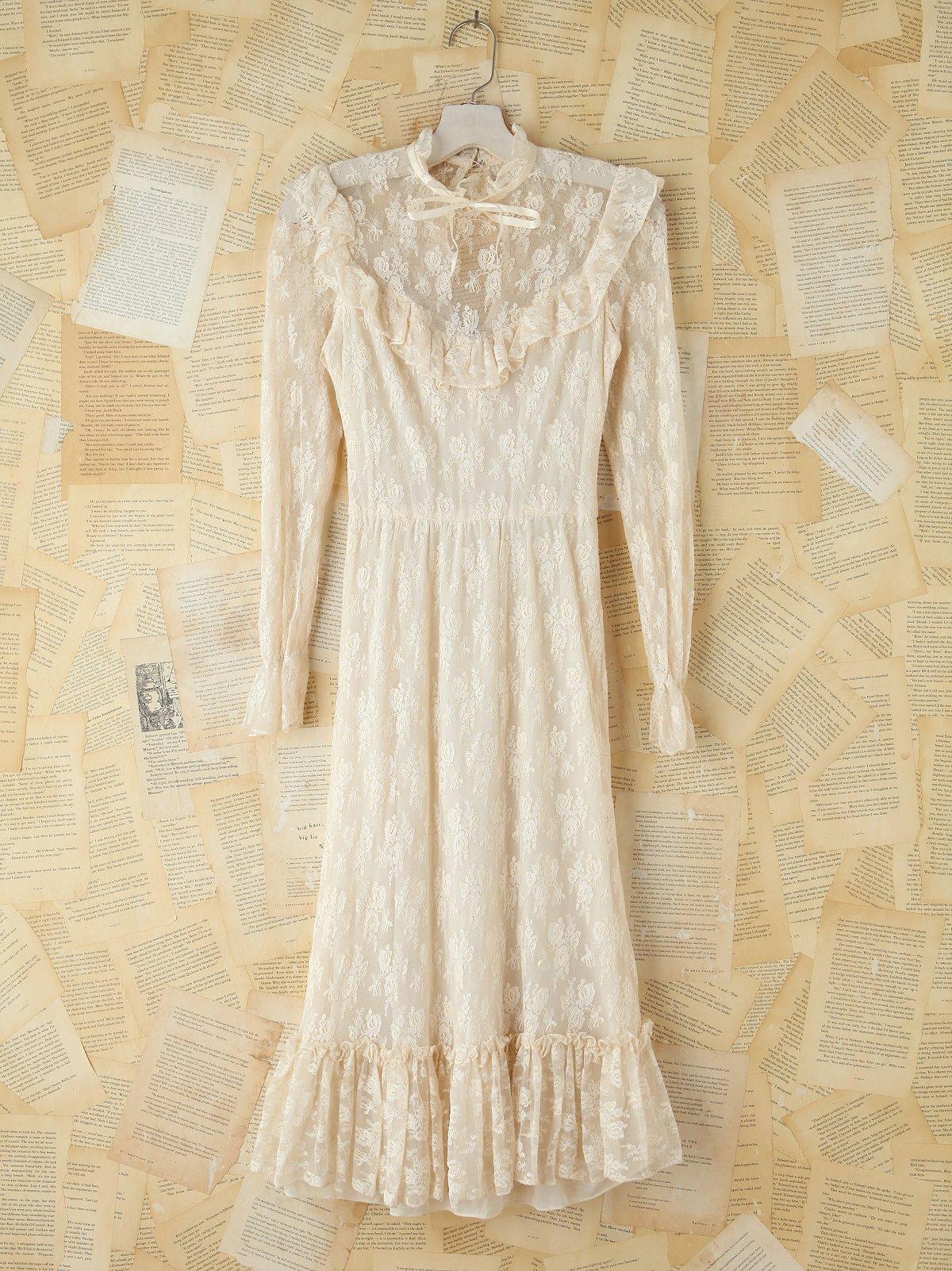 Vintage Floral Lace Maxi Dress
