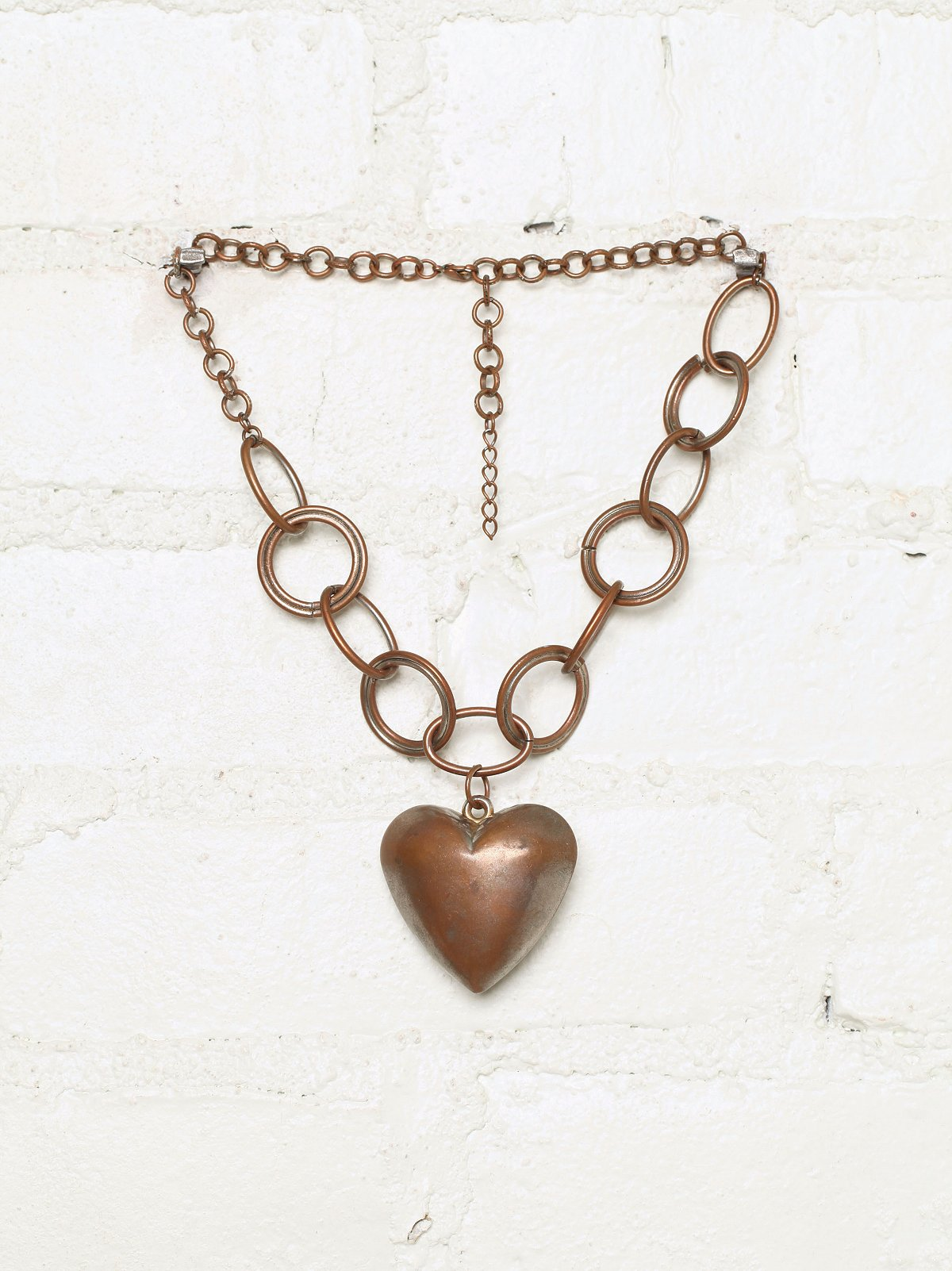 Vintage Heart Pendant Chainlink Necklace