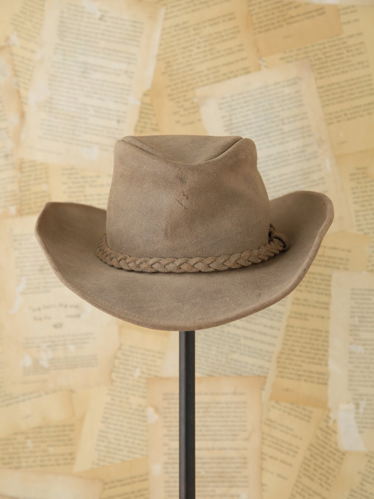 Vintage 1970s Distressed Leather Hat