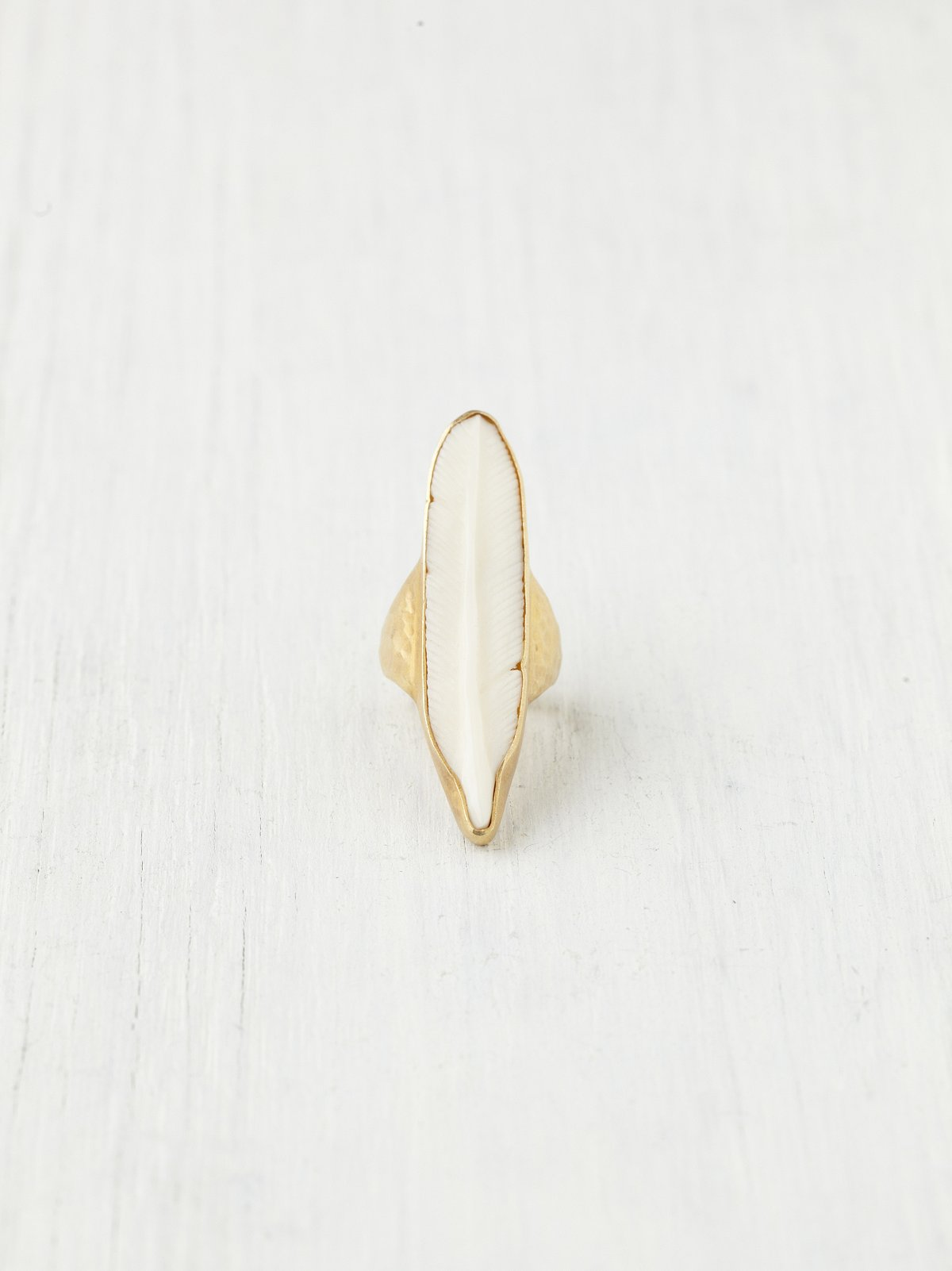 Horn Feather Ring