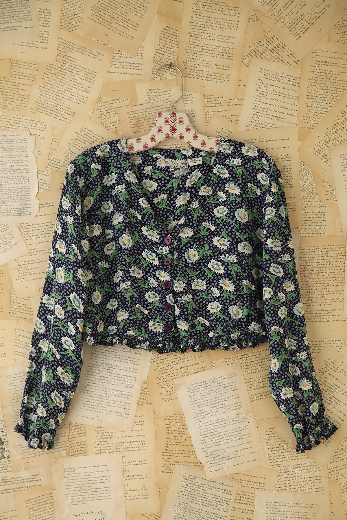 Vintage Daisy Printed Blouse