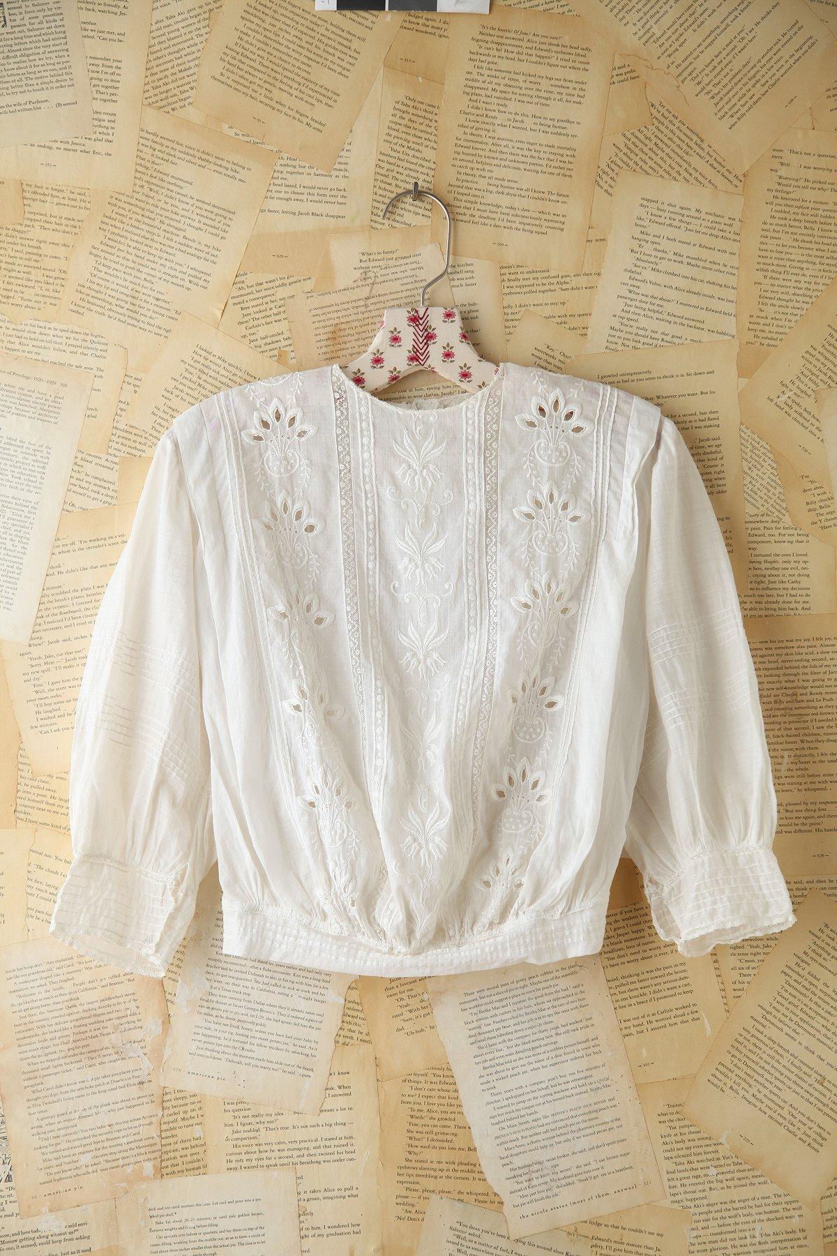 Vintage Floral Embroidered Top