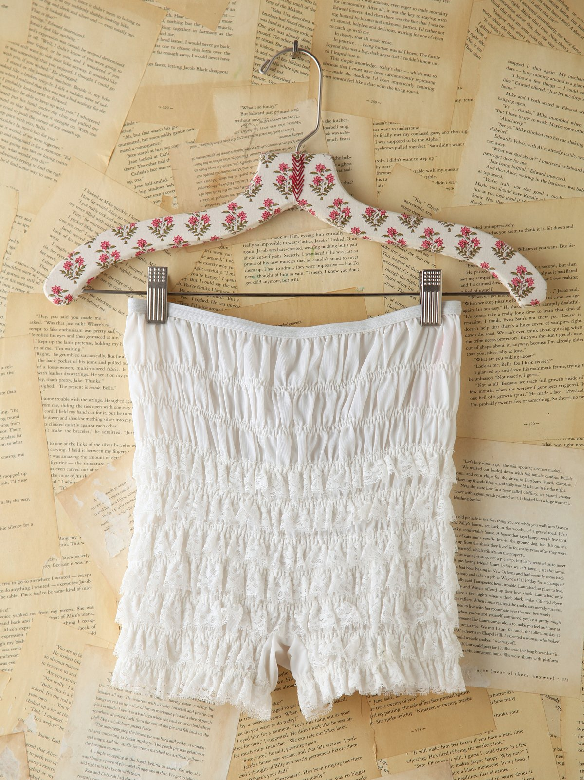 Vintage Ruffled Lace Shorts