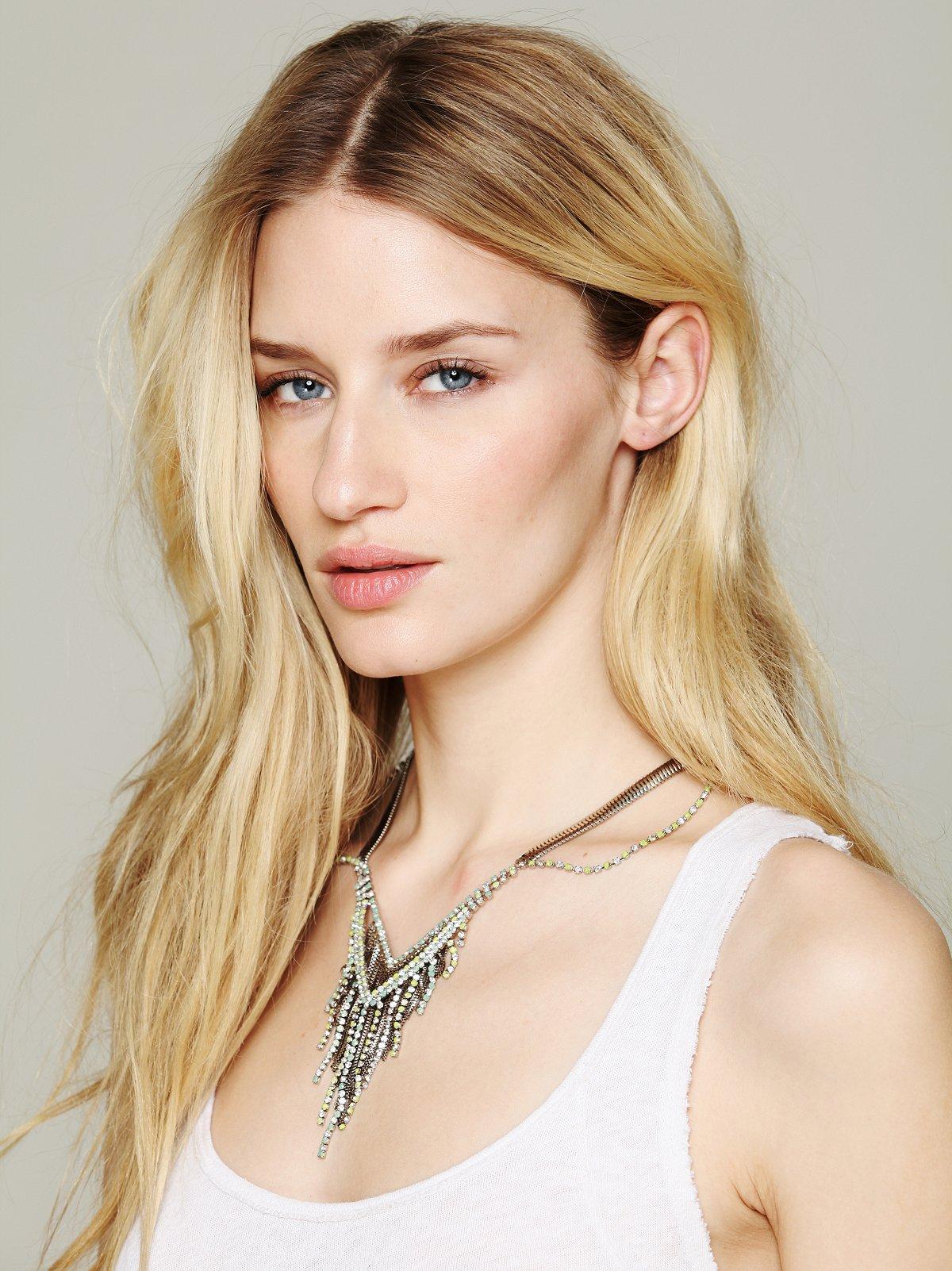 Chiconia Fringe Collar