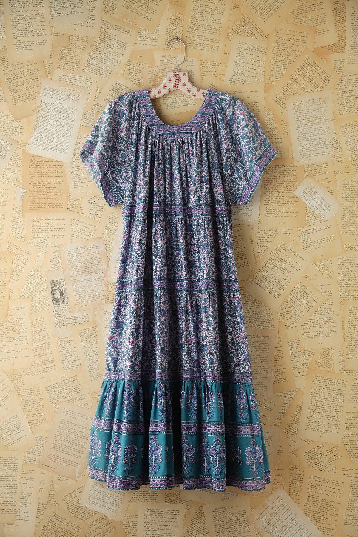 Vintage Floral Printed Maxi Dress