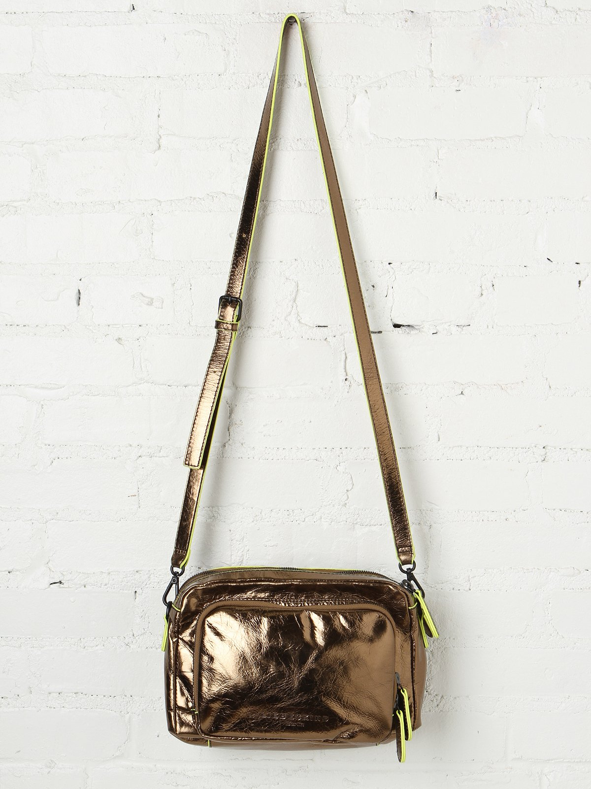 Copa Metallic Crossbody