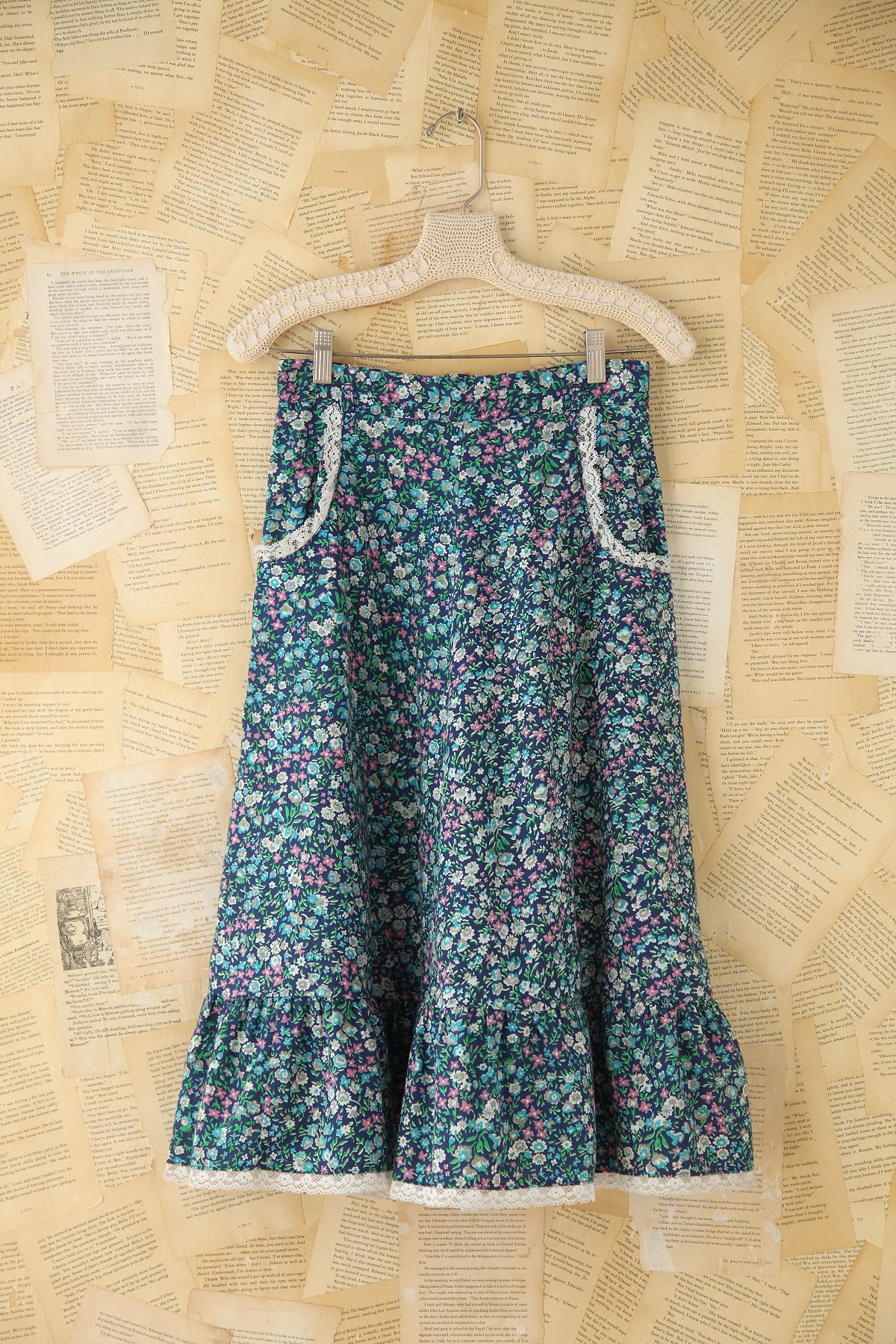 Vintage Floral Skirt With Pockets