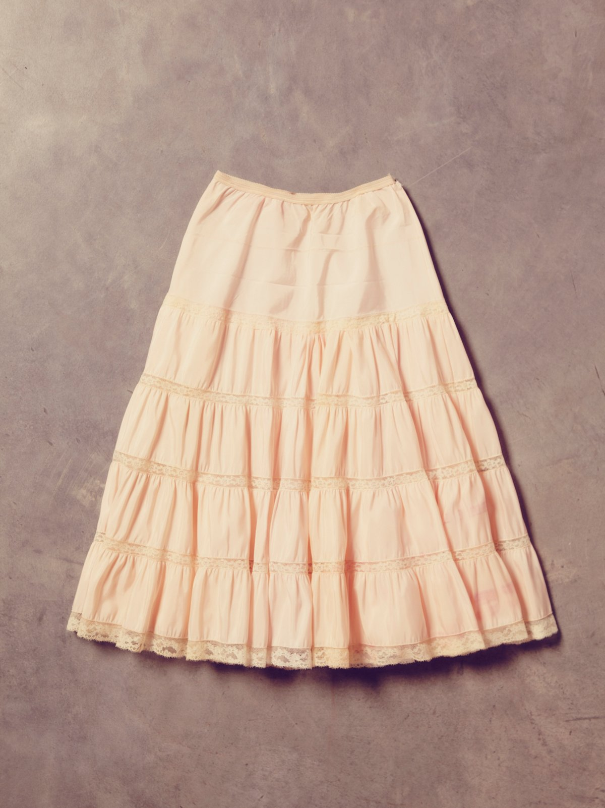 Vintage 1970s Skirt With Lace