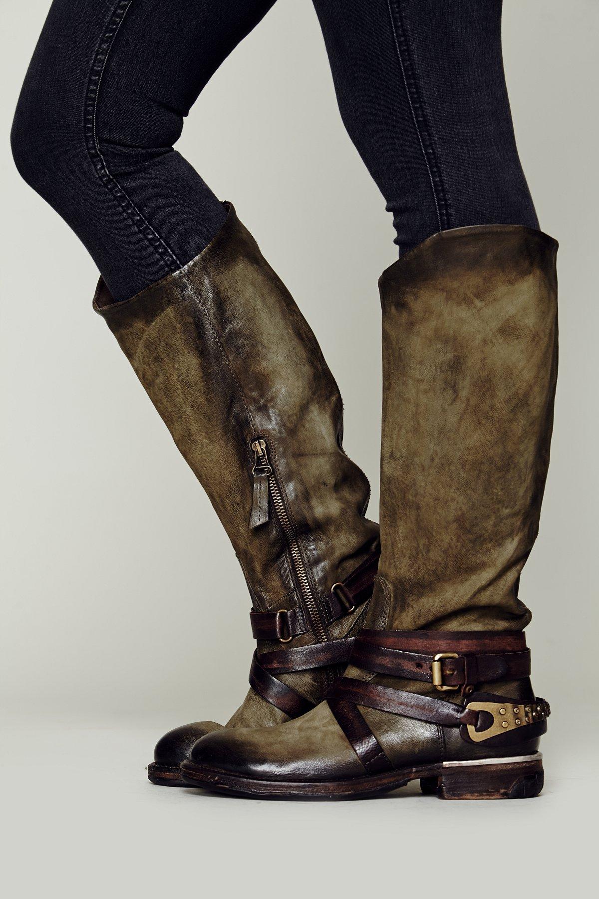 Wakefield Tall Boot