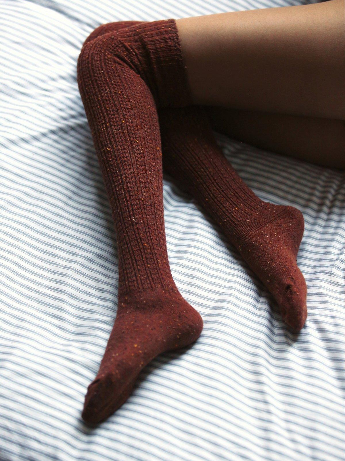 芝麻点休闲高筒袜