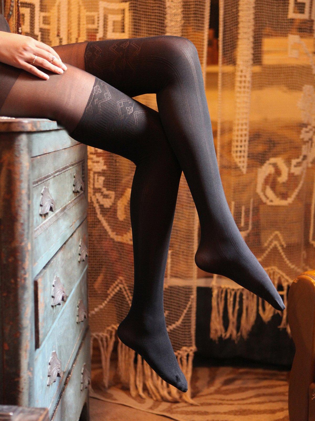 Pattern Sheer Thigh Hi Tight