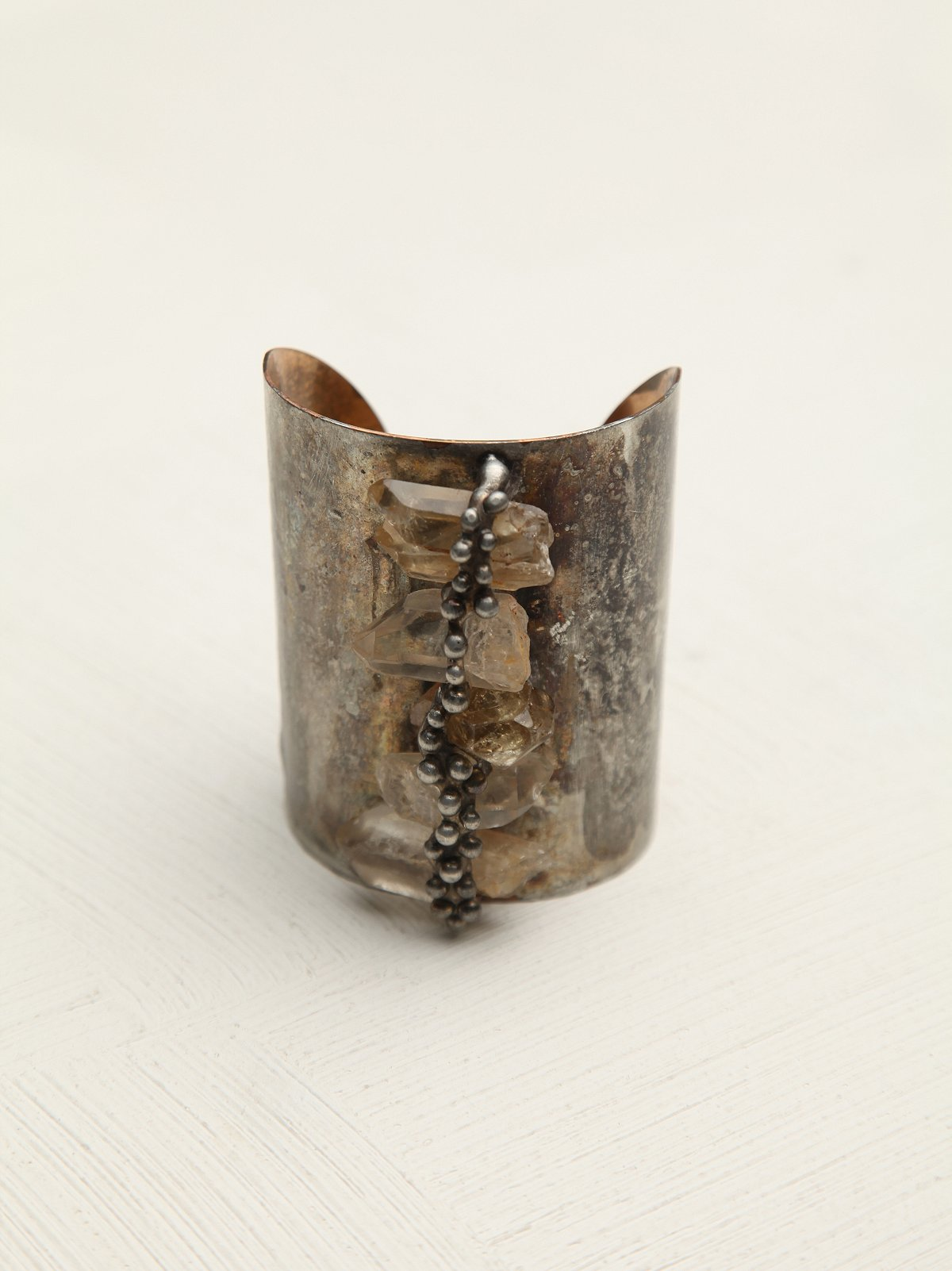 Sealed Crystal Wide Cuff