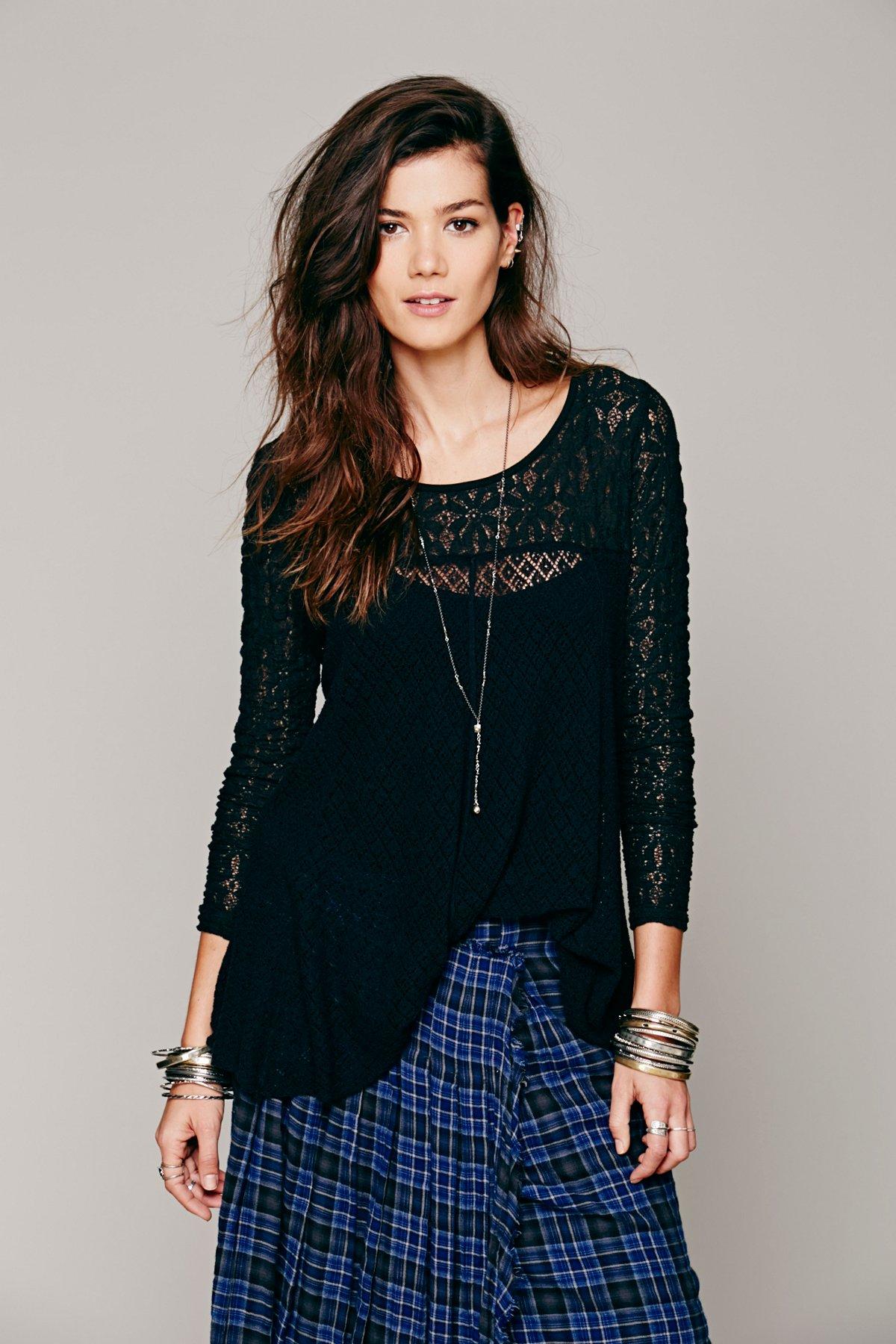Black Magic Pullover