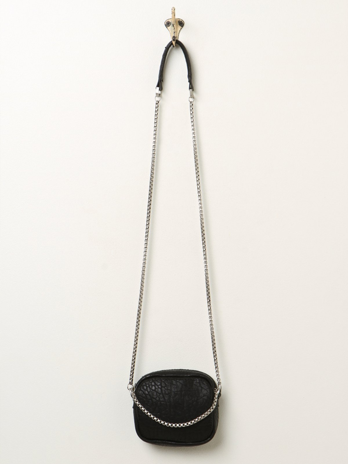 Cross Chain Crossbody