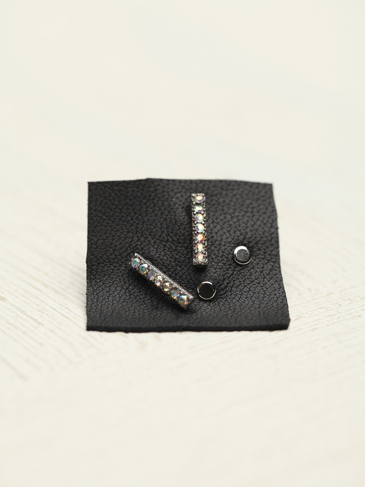 Bar Stud Set