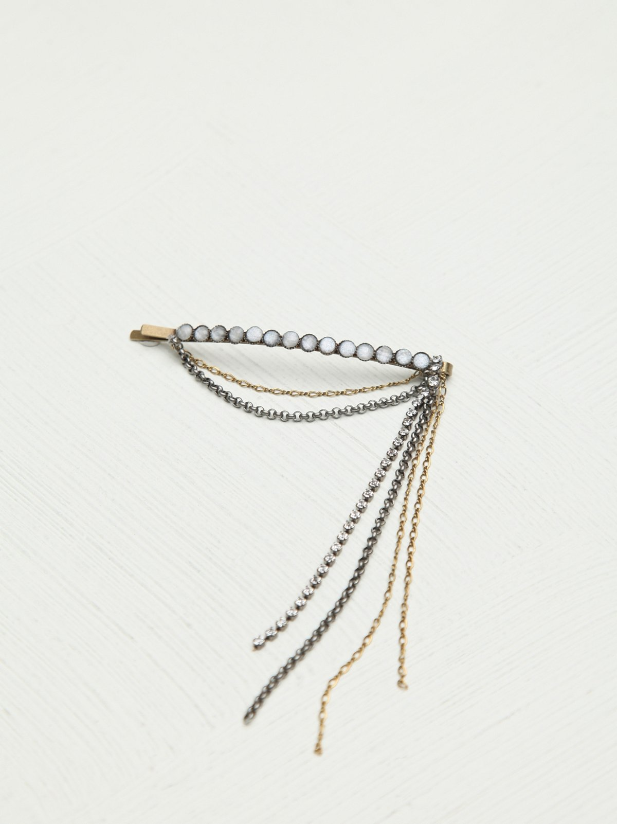 Sequence Fringe Hair Pin