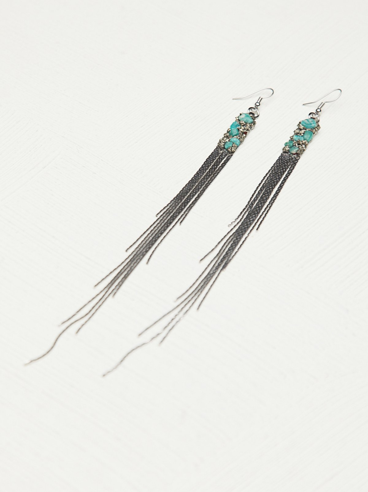 Cluster Chain Long Fringe Earring