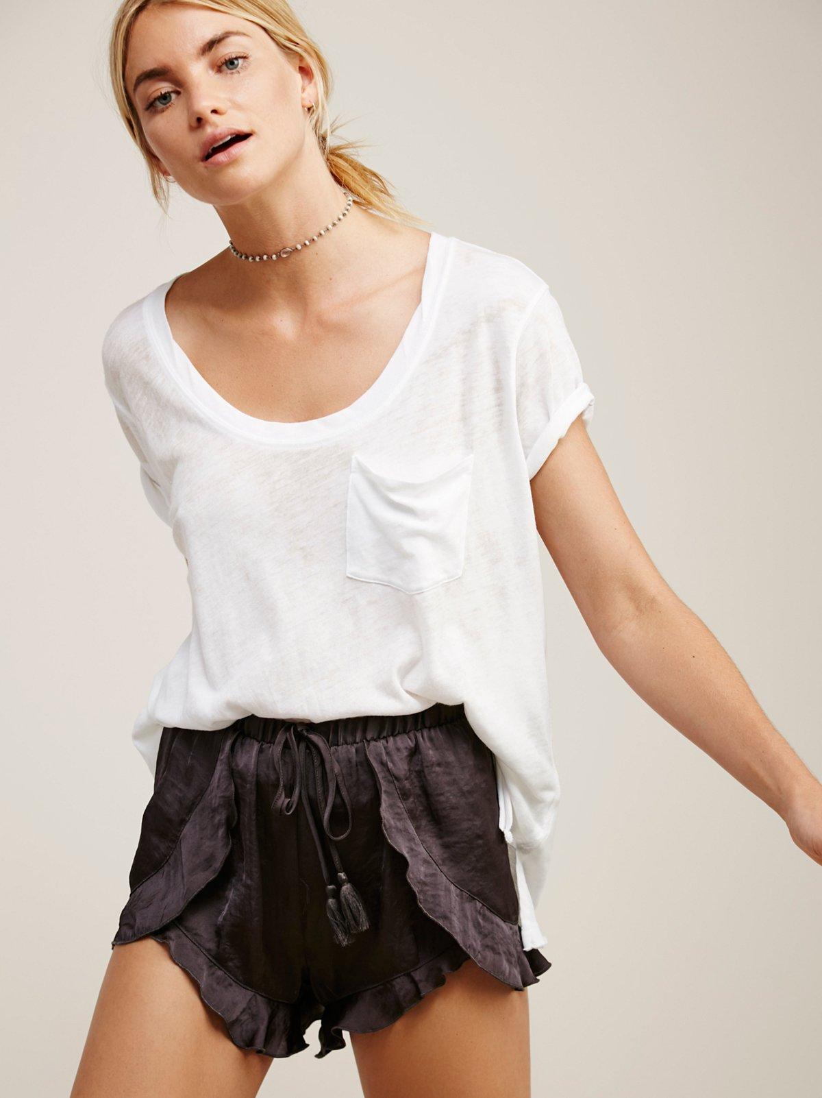 Cascading Petal短裤