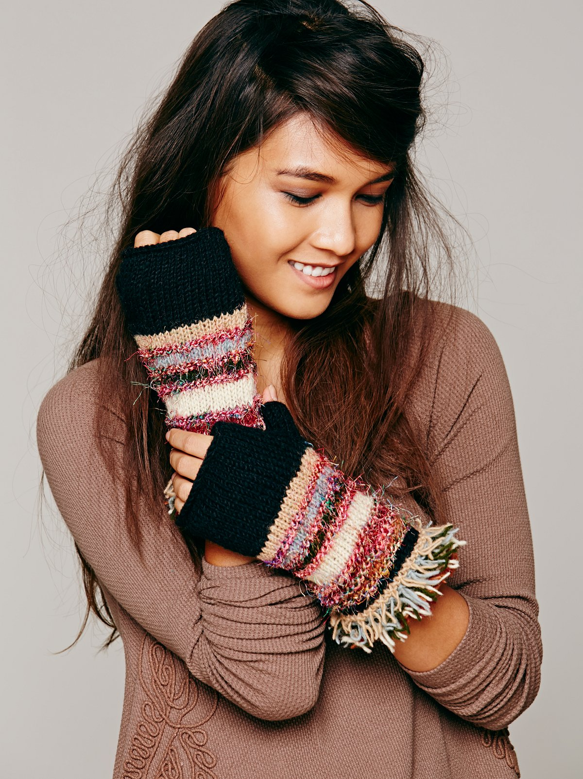 Multi Knit Fringe Glove