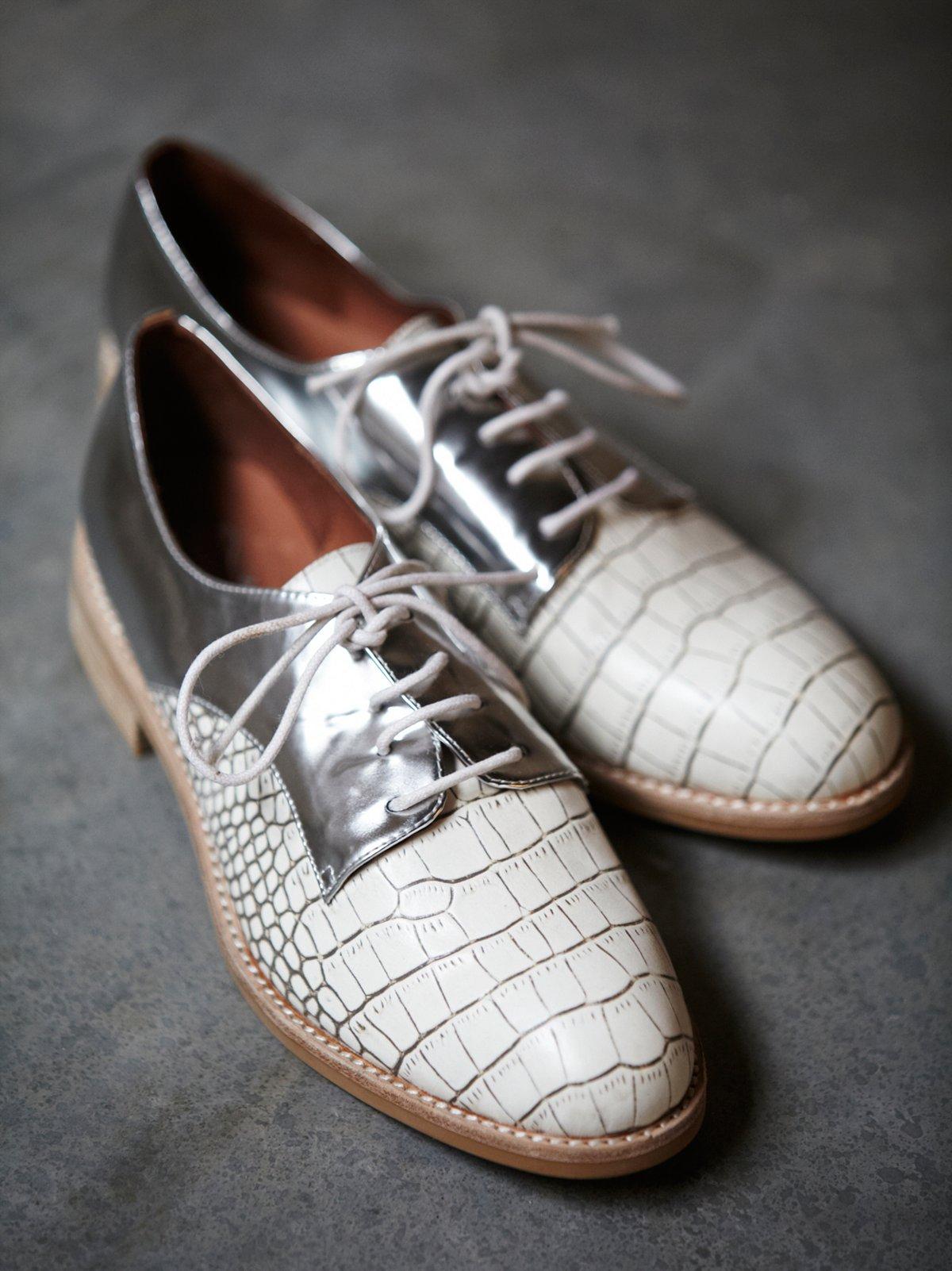Shiloh Saddle Shoe