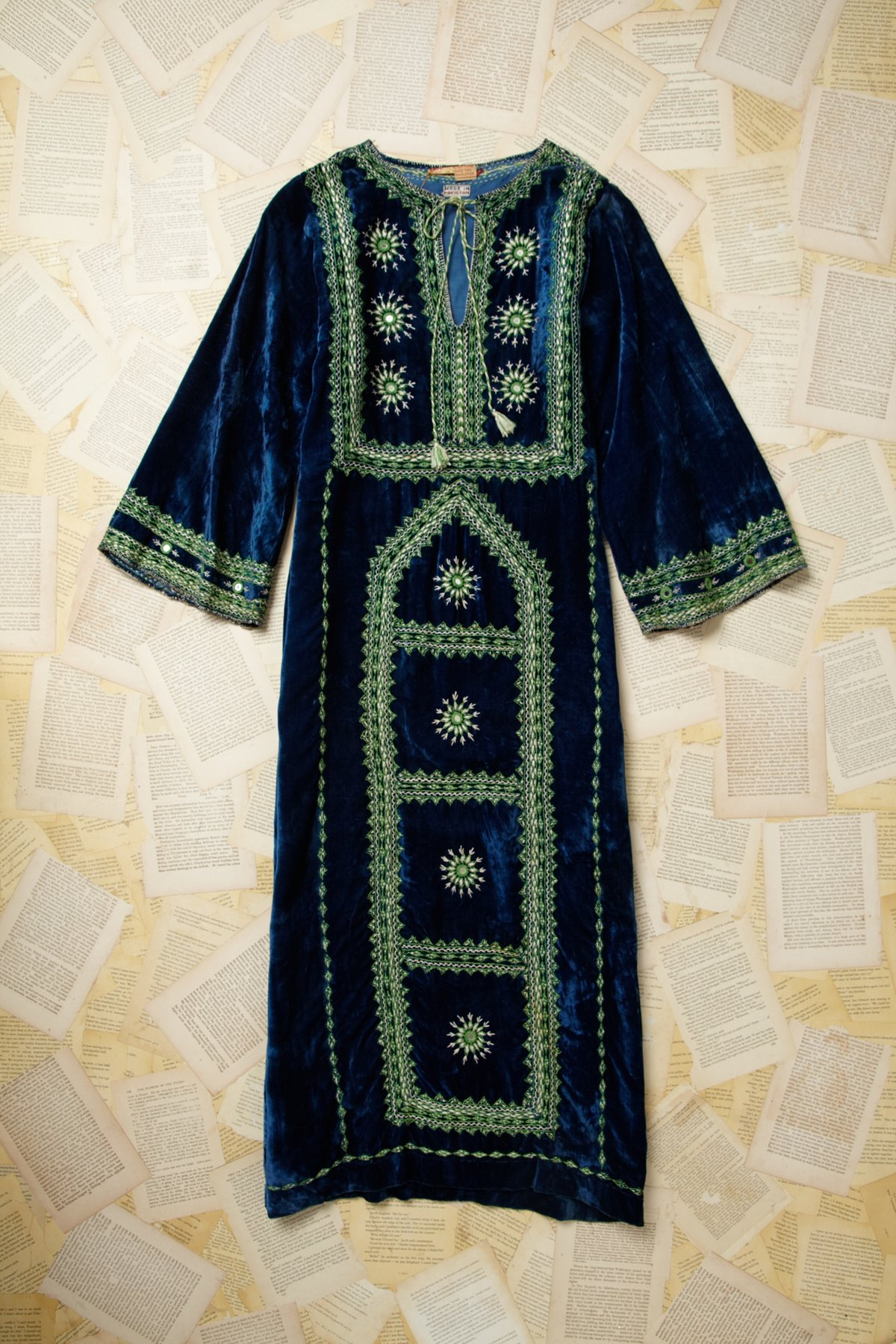 Vintage 1980s Embroided Velvet Dress