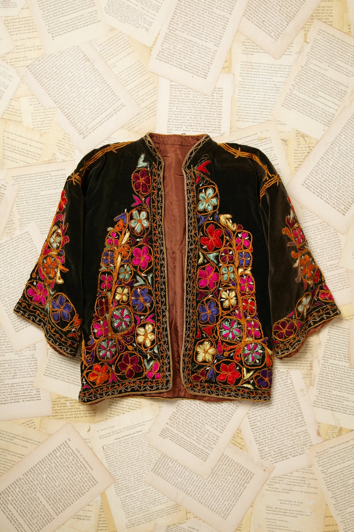 Vintage Velvet Embroiderd Jacket