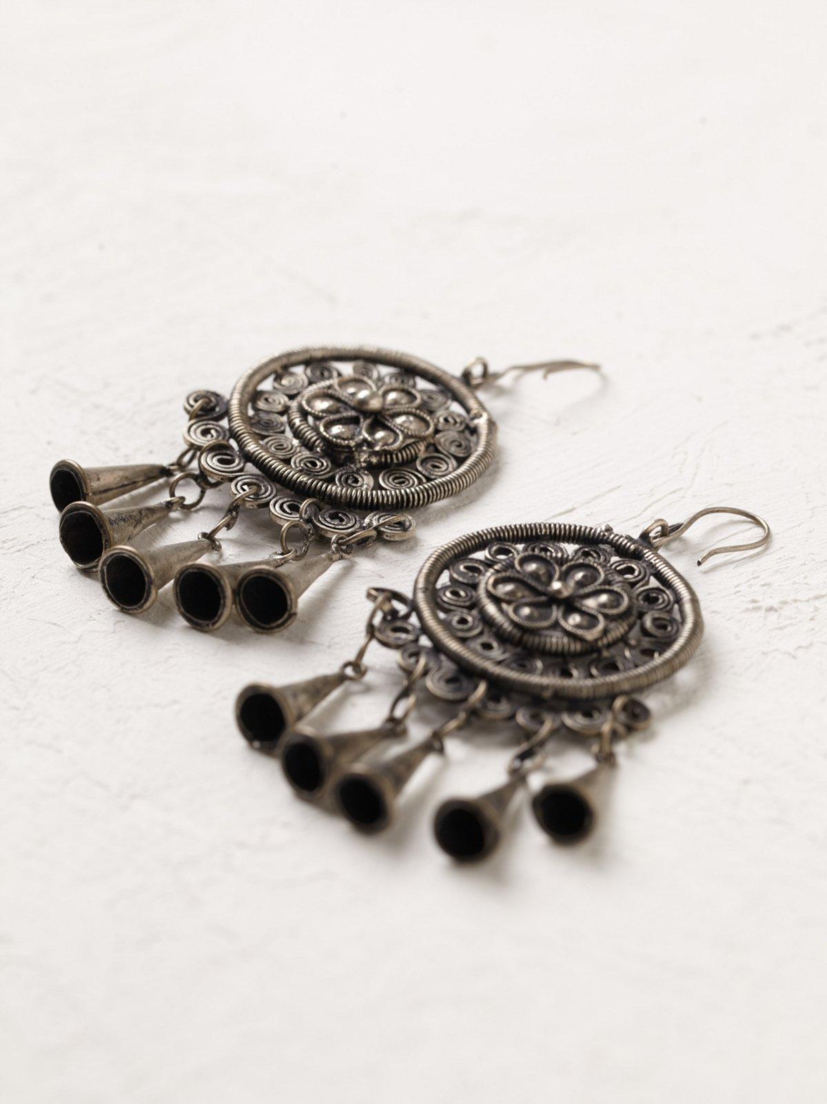 Vintage Metal Round Earrings