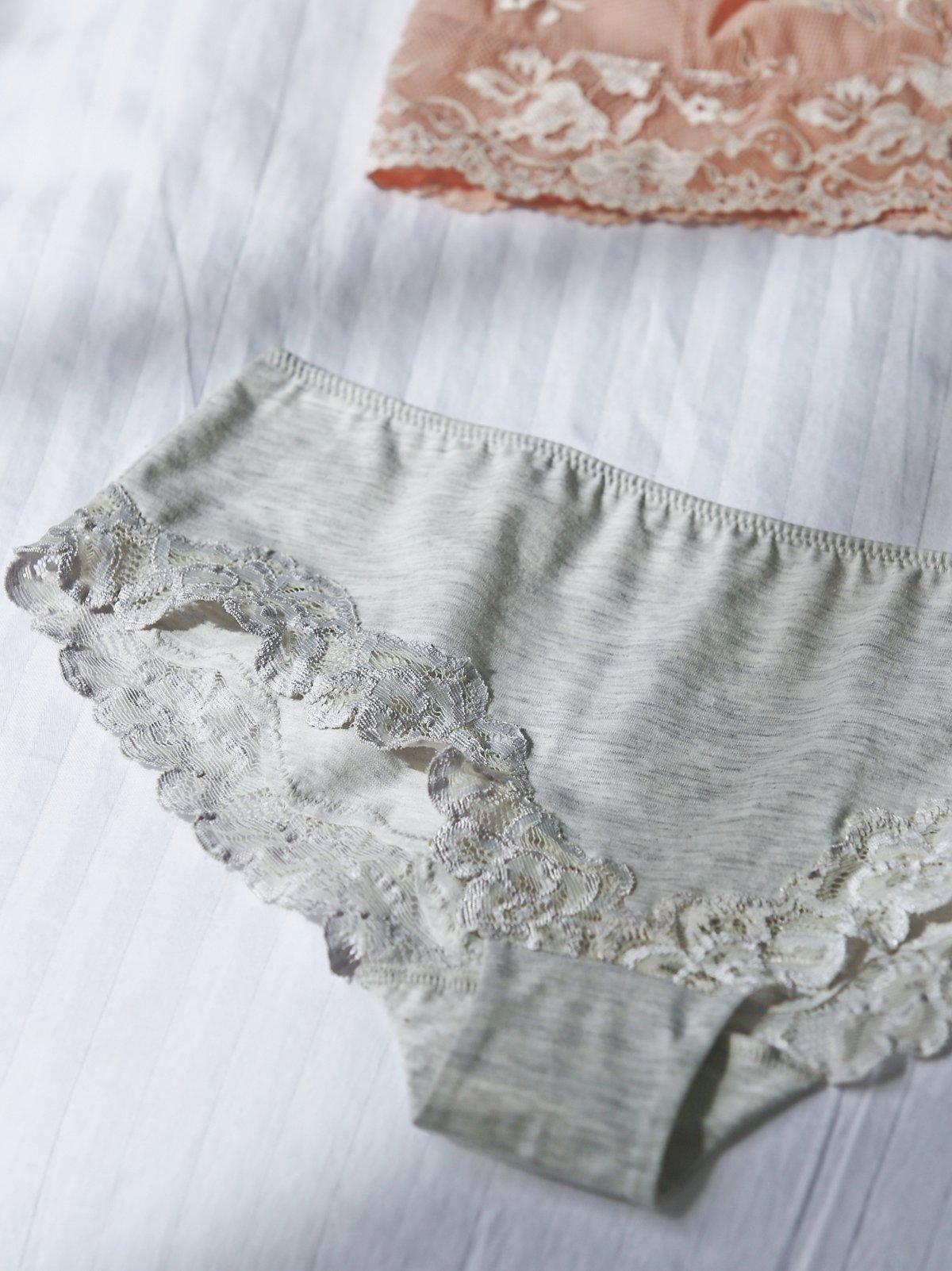 棉质蕾丝花边低腰内裤