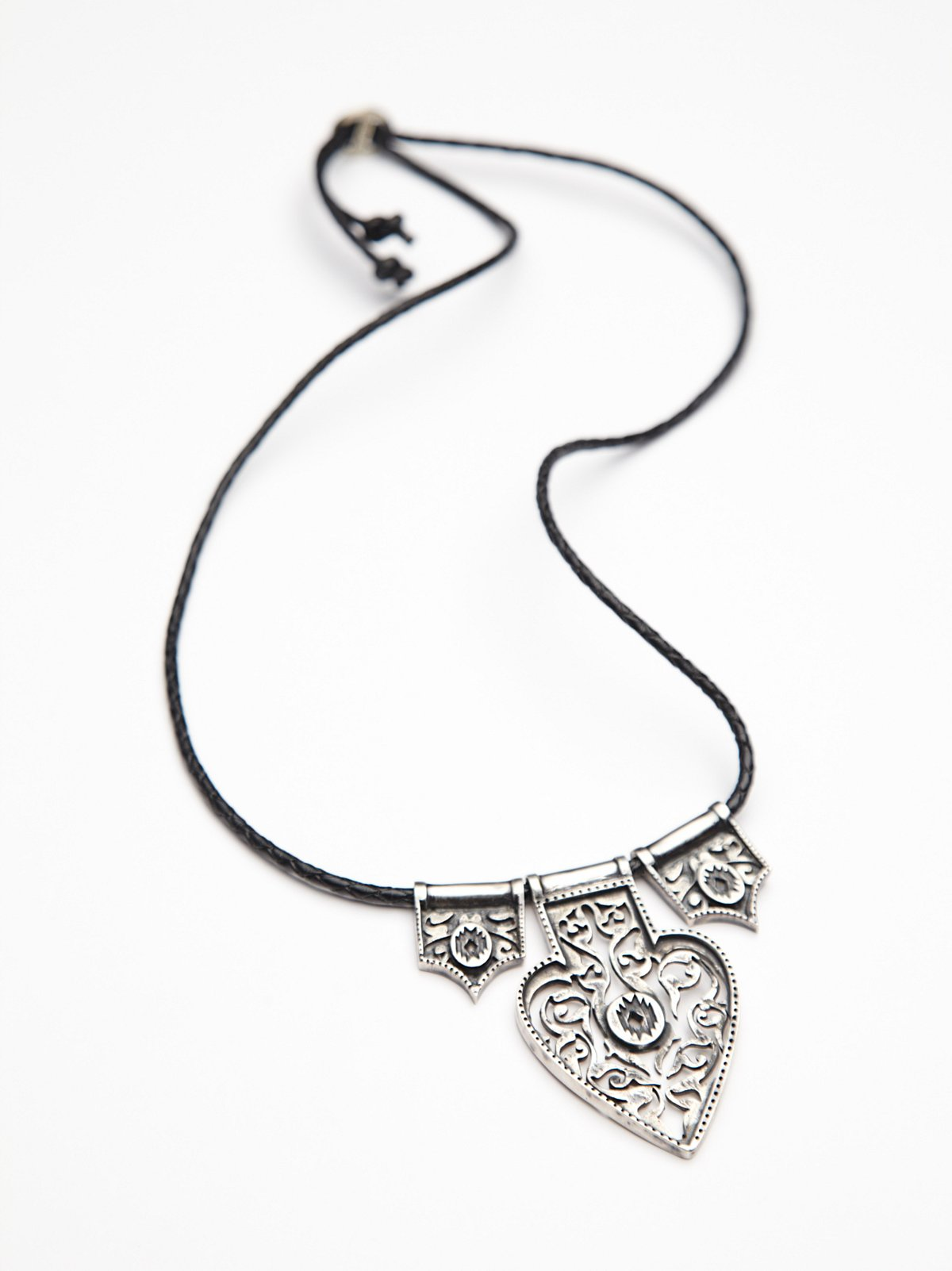 Zyba Short Necklace