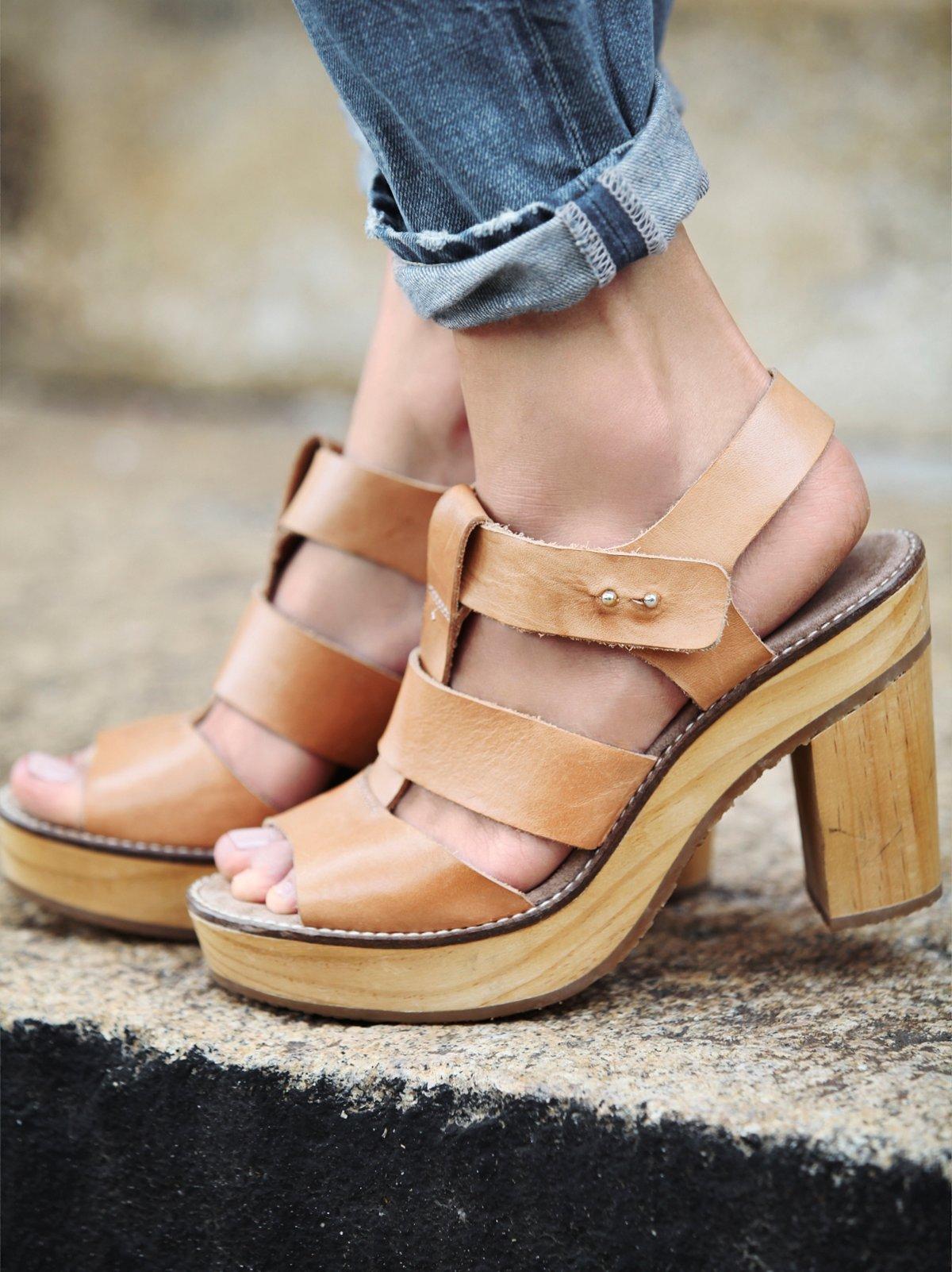 Dule Platform高跟凉鞋