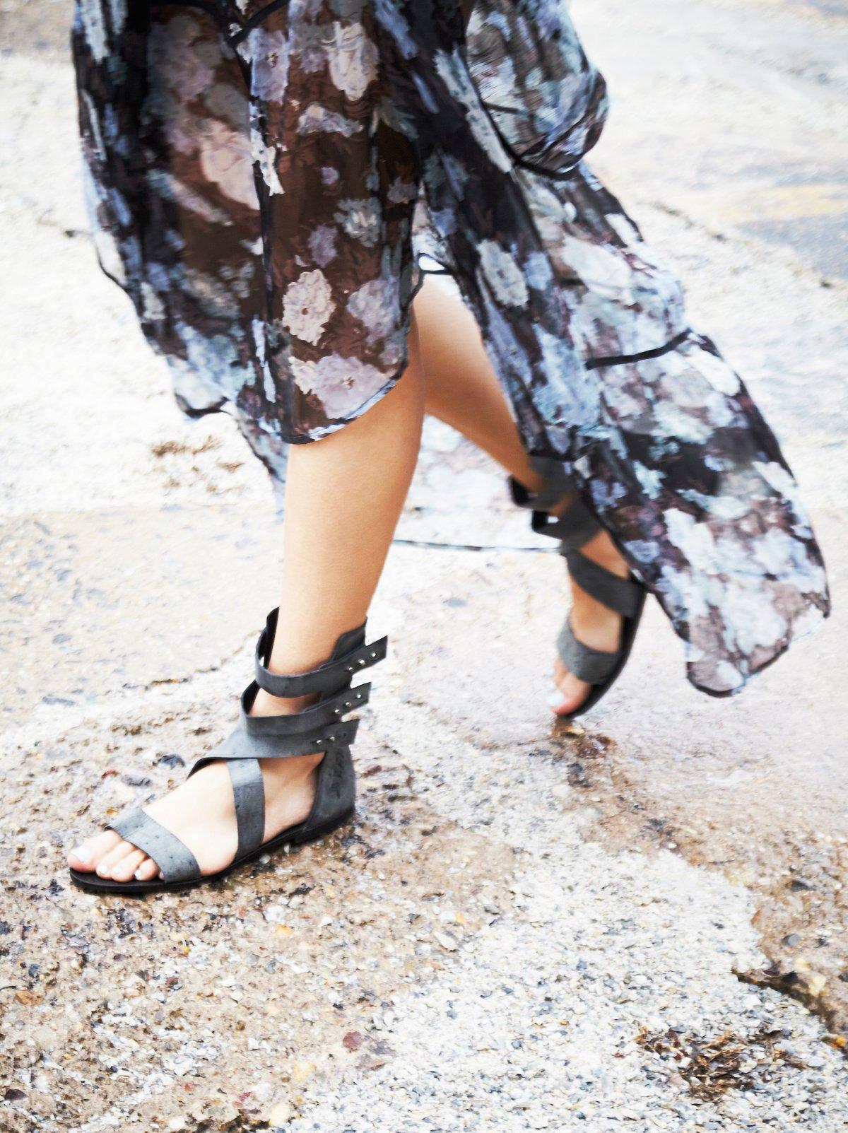 Sonar Peg凉鞋