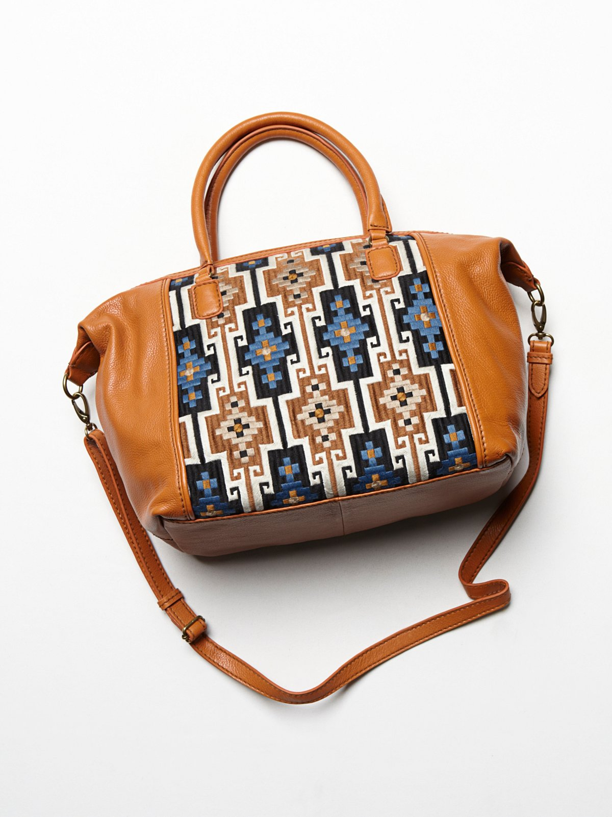 Lara Embriodered Bag