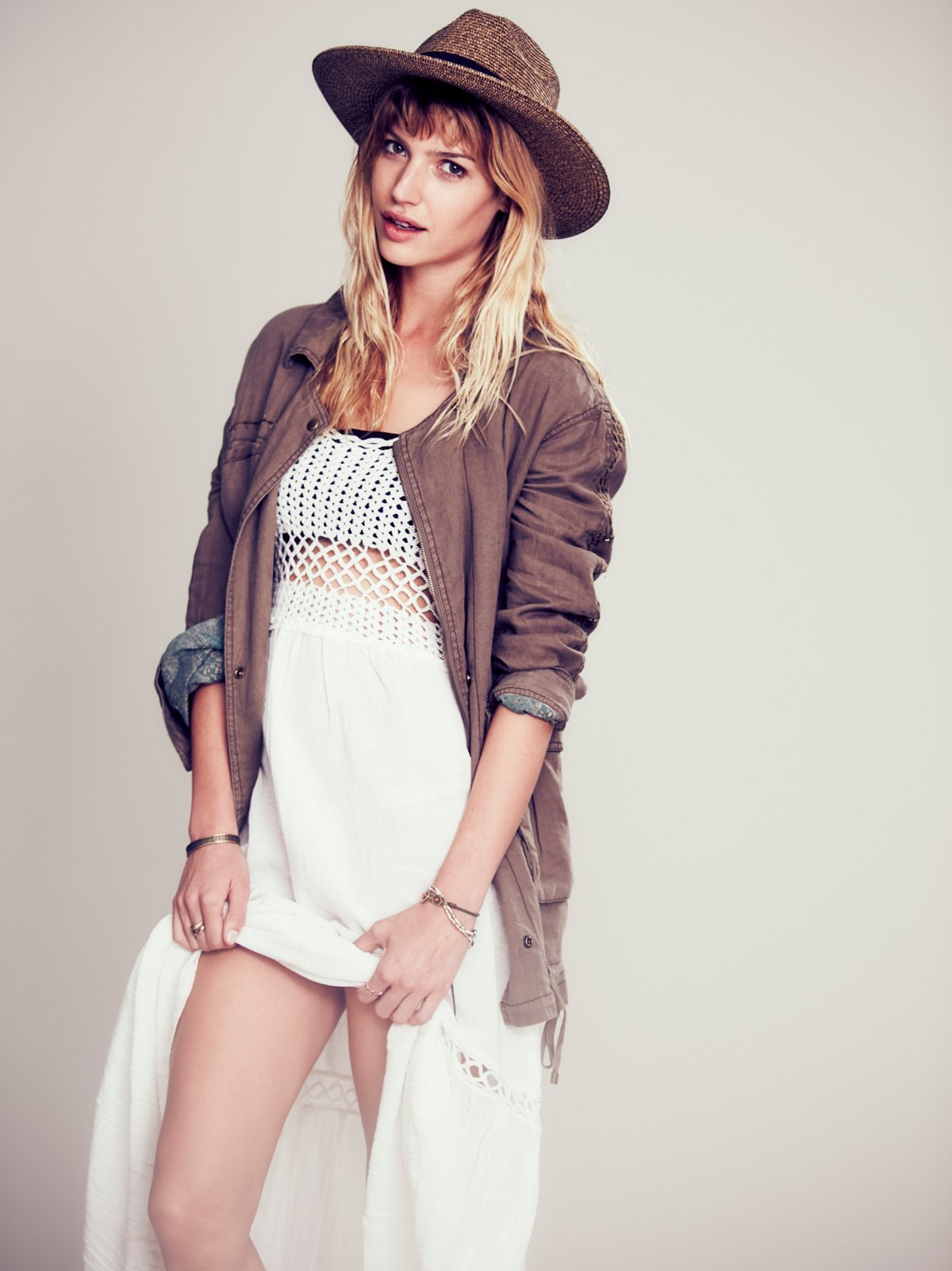 Embriodered Back Slouchy Linen Jacket