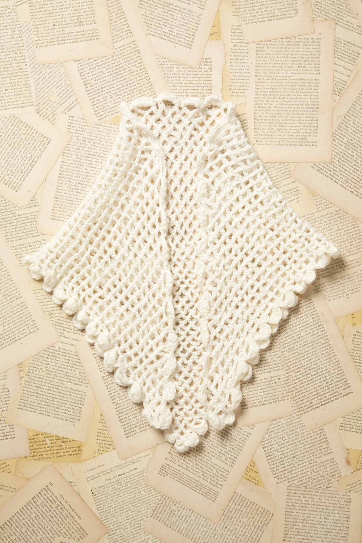 Vintage 1960s Granny Knit Shawl