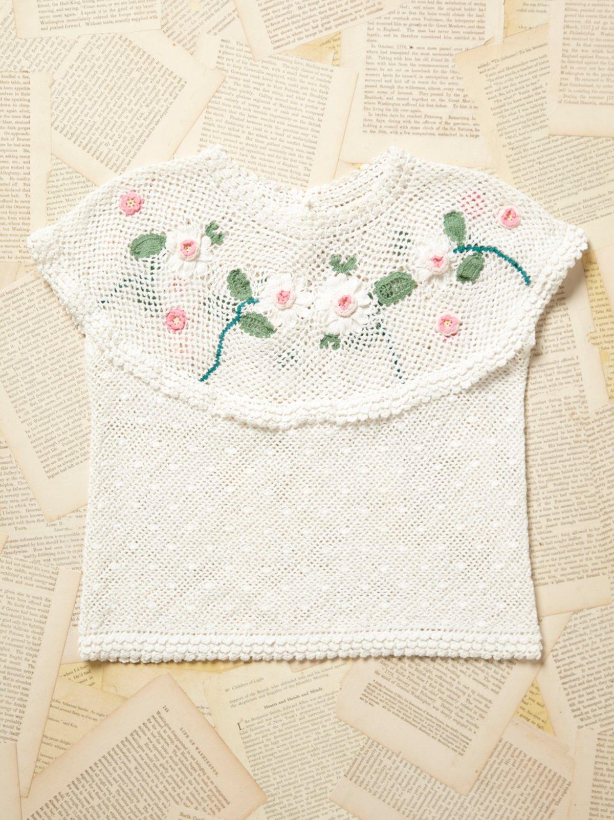 Vintage 1970s Floral Crochet Top