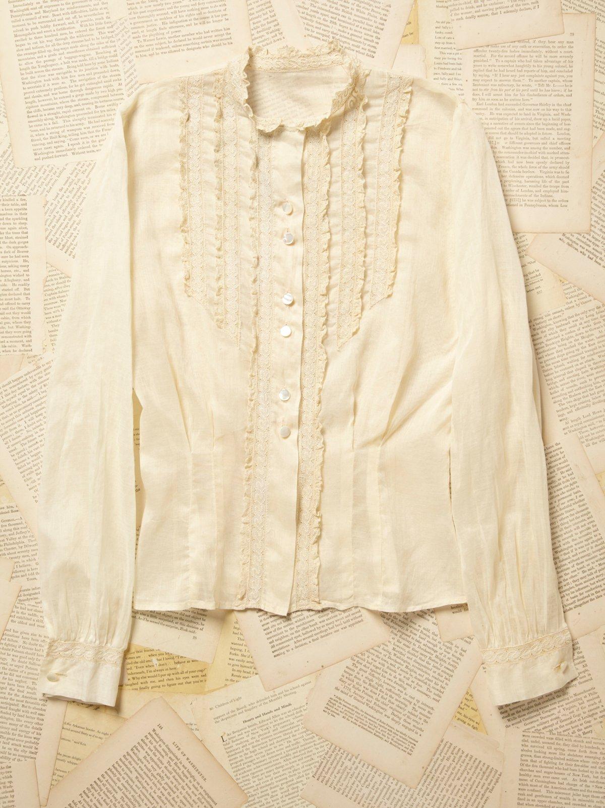 Vintage 1930s Cotton and Lace Blouse