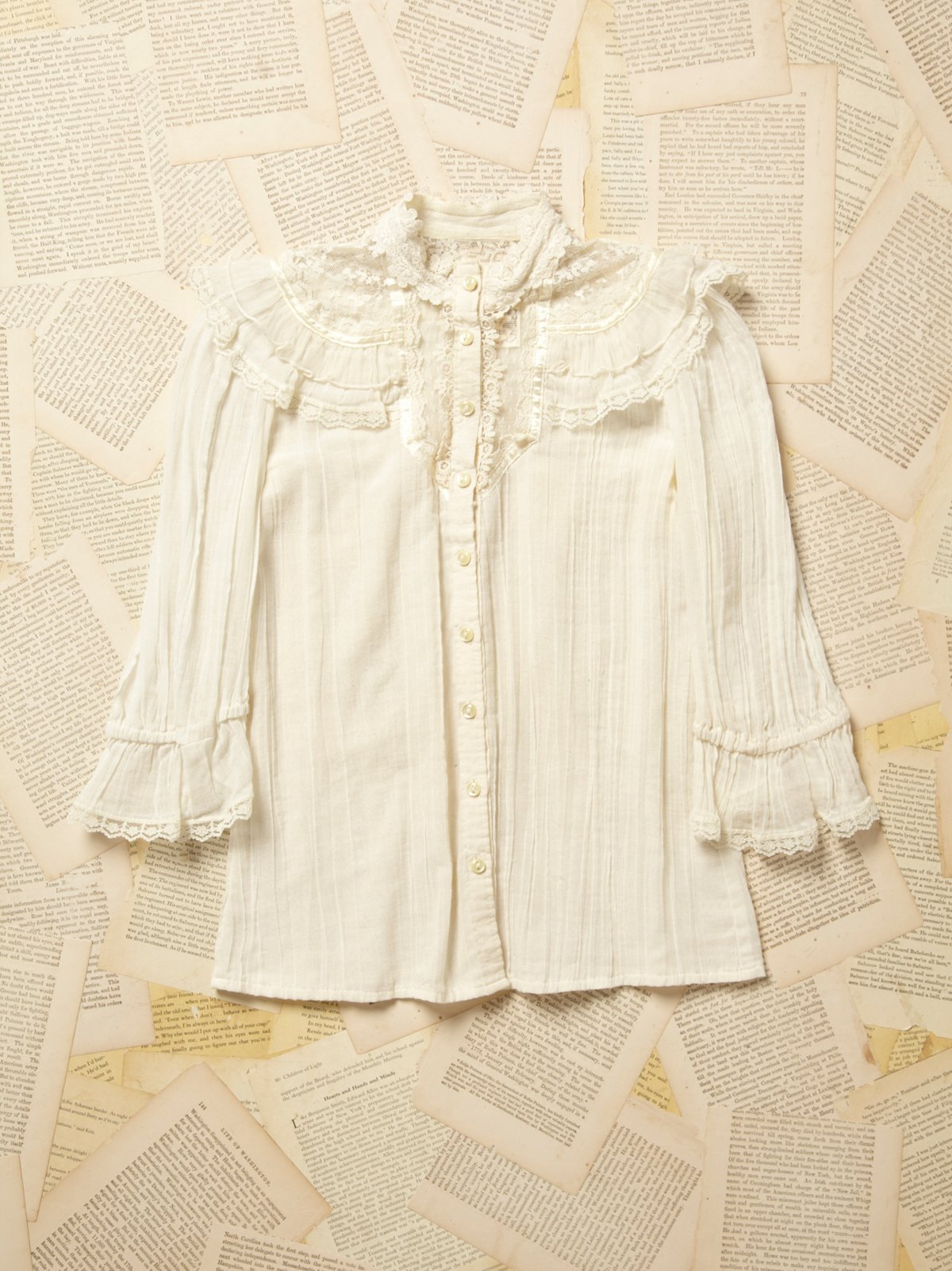 Vintage 1970s Cotton and Lace Blouse