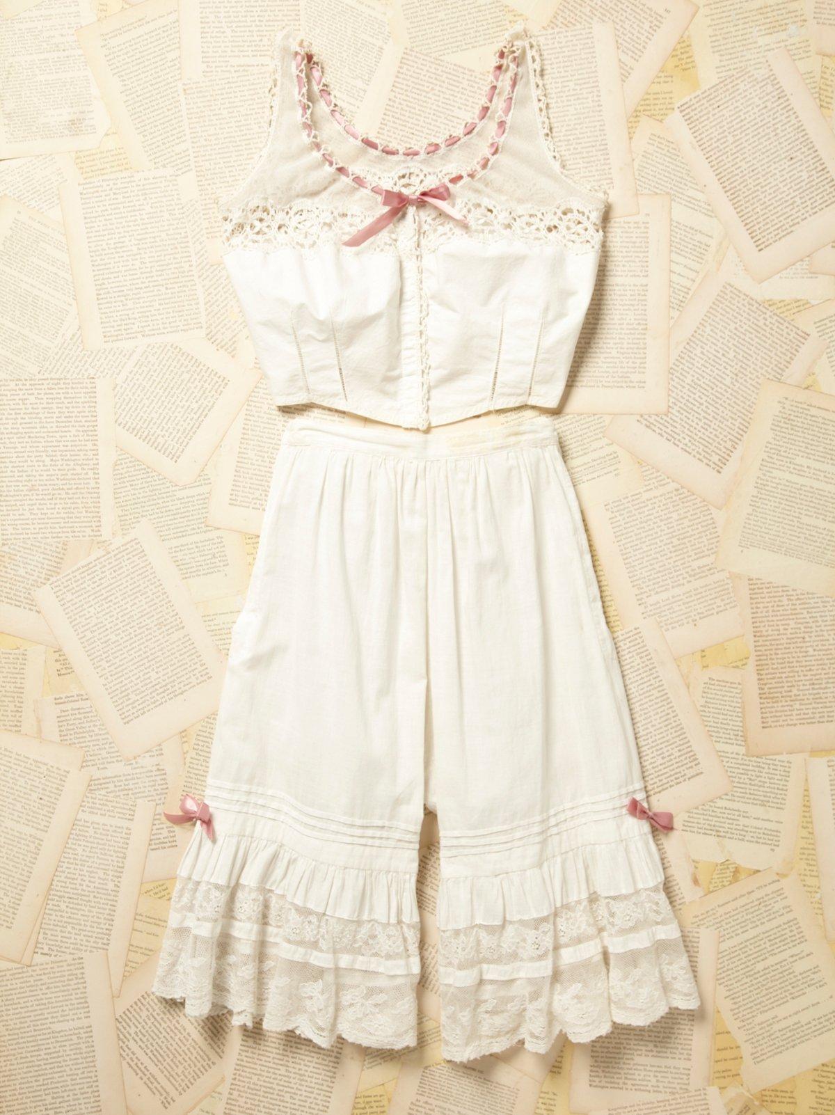 Vintage Victorian White Cotton Set