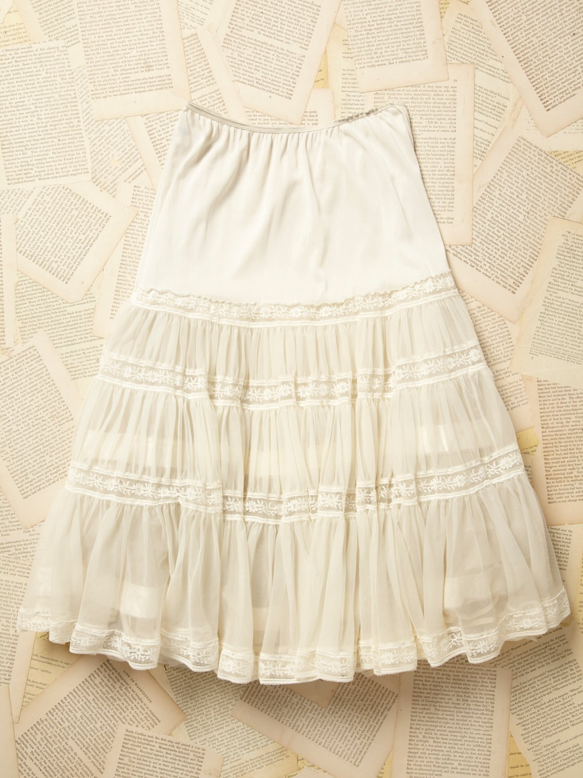 Vintage 1950s Lace Tulle Skirt
