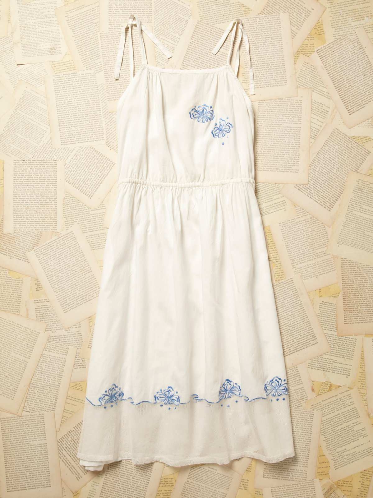 Vintage 1950s Cotton Dress with Blue Embroidery