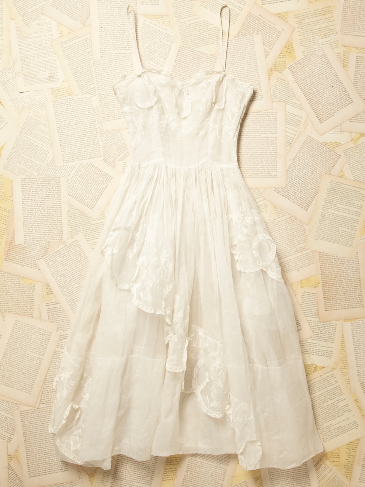 Vintage 1950s White Lace Dress